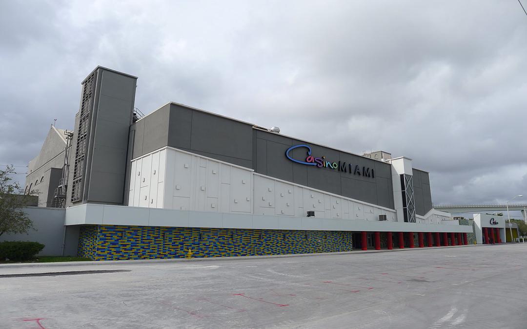 Owner Of Treasure Island Las Vegas Buys Casino Miami, Hotel Planned